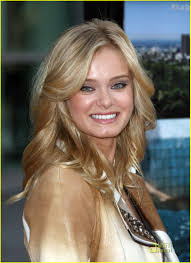 sara paxton u0026 ashton kutcher premiere spread photo 236631