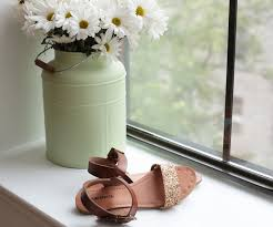wedding arches target flat sandals review target lakitia vs gap classic leather