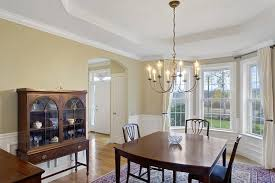 Traditional Dining Room With Crown Molding  Carpet In Ellington - Carpet in dining room