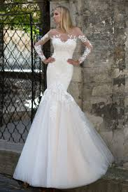 robe de mari e dentelle sirene robes de mariée coupe sirène droite et fourreau oksana mukha