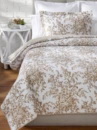 amazon com laura ashley bedford cotton reversible quilt king
