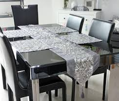 2013 new design sequin europe table runner tablemat five