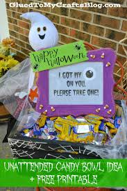 Halloween Candy Gift Basket by Unattended Halloween Candy Bowl Idea U0026 Free Printable