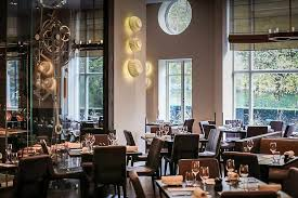 dinner by heston blumenthal restaurants near hyde park