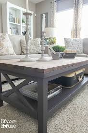 Diy Reclaimed Wood Side Table by Best 25 Barnwood Coffee Table Ideas On Pinterest Dark Wood Tv