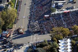 hotels in pasadena ca near bowl parade tv corner aerial the parade through the lens of a