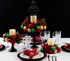 easy diy ornament centerpiece for the tablescape