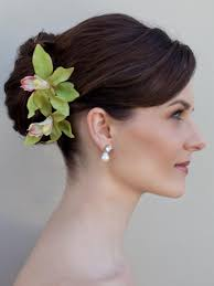 wedding flowers hair wedding flowers ideas green hawaiian wedding flowers hair