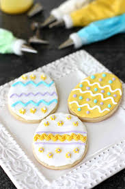 Icing To Decorate Cookies How To Decorate Cookies Cookin Canuck
