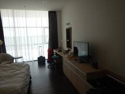 bureau en bureau en tv picture of v plaza hotel kuala belait tripadvisor