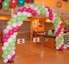 Home Balloon Decoration by Remarkable Ballon Decoration With Wooden Table Near Nice Picture