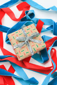 Handmade Gift Wrapping Paper - 3 last minute gift wrap diys the crafted life