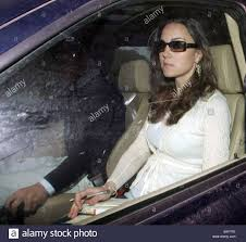 middleton family home kate middleton being driven by her brother from their family home