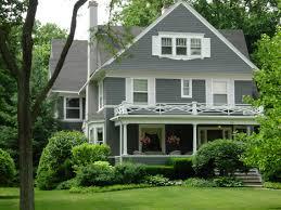modern grey and white cedar shingle house design by applying grey
