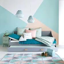 lit transformé en canapé lit transforme en canape transformation dun lit en banquette lit