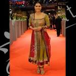 Fashion Designers Manish Malhotra's Anarkali Dresses | Trendy Mods.