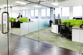 a guide to soundproof office partitions