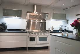 hotte de cuisine angle awesome cuisine avec piano fresh hostelo