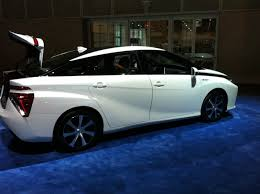 hydrogen fuel cell car toyota what happened at the la auto show small suvs hydrogen cars and
