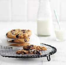 small batch chocolate chip cookies recipe chatelaine