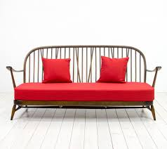 red windsor three seater sofa from ercol 1950s for sale at pamono