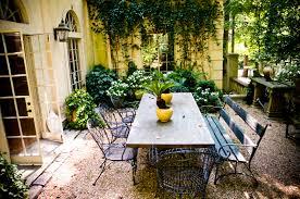 Backyard Flower Garden Ideas by Vintage Style Courtyard In Spring U0026 Summer U2013 Backyard Flower