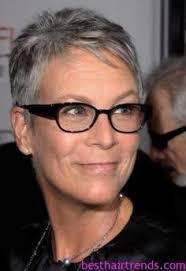 jamie lee curtis haircut back view jamie lee curtis looks almost unrecognizable in costume at the