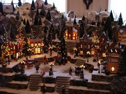 Animated Christmas Village Decorations by Best 25 Lemax Christmas Village Ideas On Pinterest Ladder