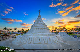 sandi christmas tree west palm beach sunrise along flagler