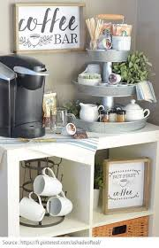 cuisiner avec une bouilloire un coin pti dej dans l arrière cuisine avec cafetière bouilloire