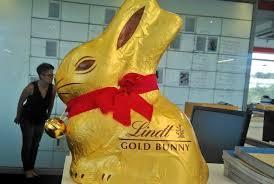 lindt easter bunny win a 1kg lindt gold bunny