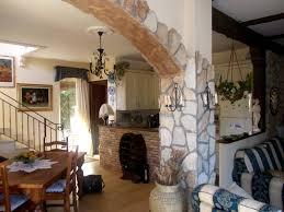 arco in pietra per interni rivestimenti in pietra ricostruita iperceramica con arco in pietra