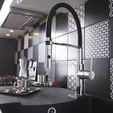 melangeur cuisine avec douchette robinet cuisine design hudson reed robinet cuisine mural