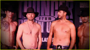 dierks bentley family luke bryan u0026 dierks bentley go shirtless for acms 2017 opening