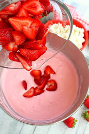 strawberry cheesecake fluff salad delightful e made