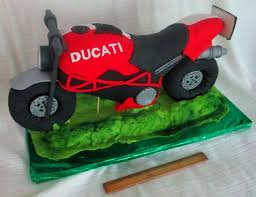 motorcycle cake three dimensional or 3d motorcycle cake two made out