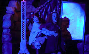 hours of halloween horror nights 2012 halloween horror nights 2013 house by house review and tips as