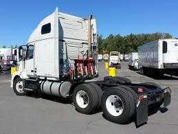 volvo sleeper truck file mclane northeast ryder volvo sleeper tractor jpg wikimedia