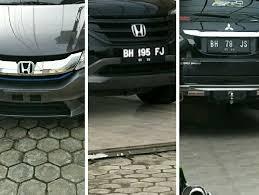 polisi akan tilang 4 mobil bernopol bodong di rumah bekas timses
