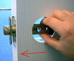 How To Unlock Bathroom Door Without Key How To Replace An Interior Doorknob 15 Steps Wikihow