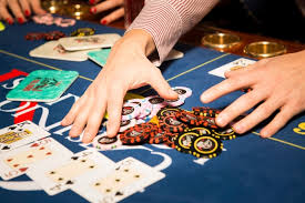 Used Poker Tables by 3 Tactics Used By Poker Pros That Can Help Lol Players Climb Elo