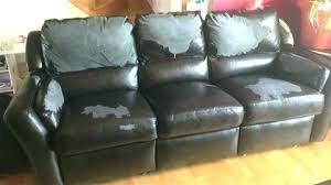 comment réparer un canapé en cuir déchiré canape cuir dechire recouvrir un il existe raglement sur laffichage