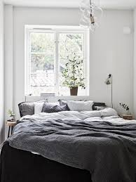 Cozy Bedroom Ideas I Really Love This Cozy Bedroom Since The Bed Is Up Against A