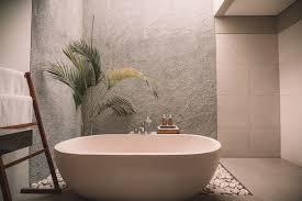 How To Scrub Bathtub How To Rid Your Tub Of Bath Oils Well Good