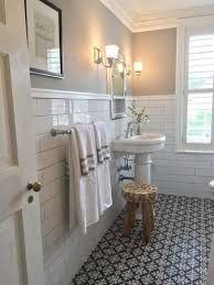 Simple Bathroom Decorating Ideas Pictures Best 25 Hall Bathroom Ideas On Pinterest Half Bathroom Decor