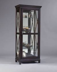 Pulaski Furniture Curio Cabinet by 124 Best Curio Cabinets Images On Pinterest Curio Cabinets