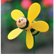 bumble bee spinner by fountasia other ornaments garden