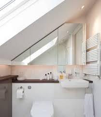 badezimmer mit dachschräge die besten 25 bad mit dachschräge ideen auf bad bank
