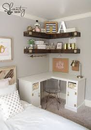 Desk Ideas For Small Bedrooms Best 25 Desk In Small Bedroom Ideas On Pinterest Small Bedroom