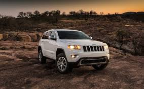 white jeep 2016 comparison jeep compass 2015 vs jeep renegade limited 2016